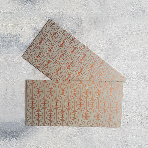 Grey Geometric Money Envelope