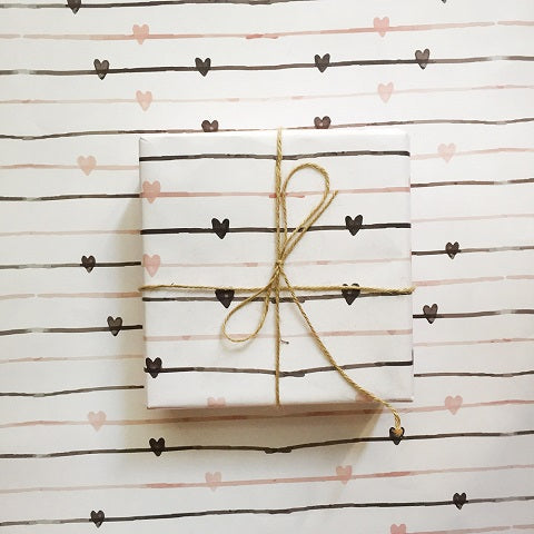 Seemless Hearts Gift Wrap