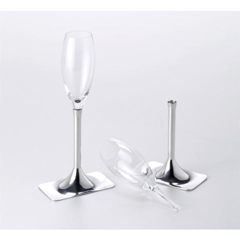 pack-of-champagne-glasses