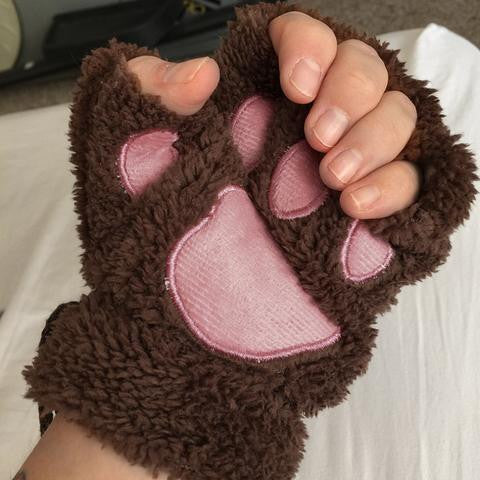 Lovely Cat Plush Paw Gloves (Giveaway)