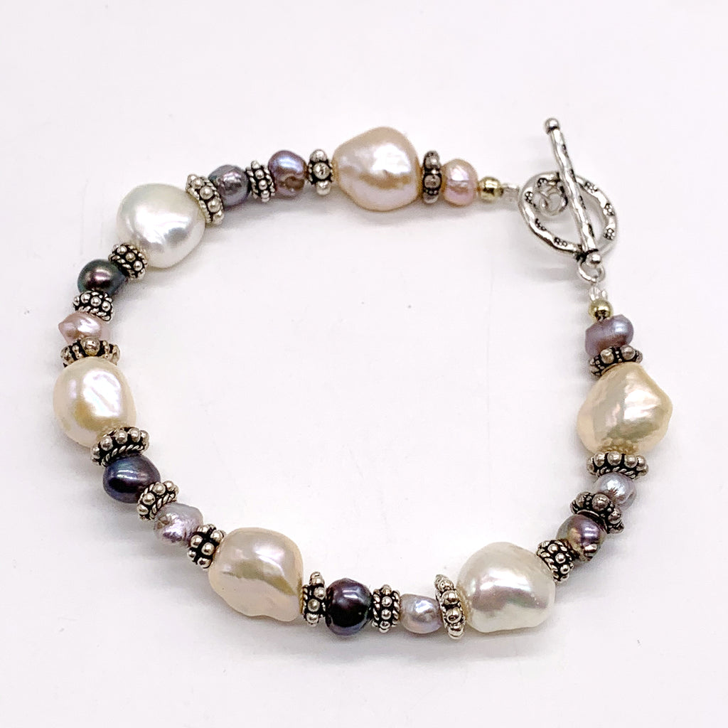 Scarabee Silver Bracelet with Pink and Grey Baroque Pearl