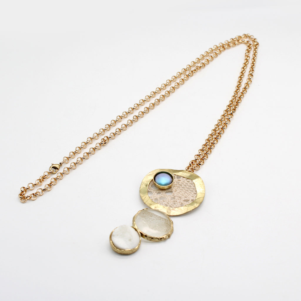 Contemporary Necklace Gift in UAE