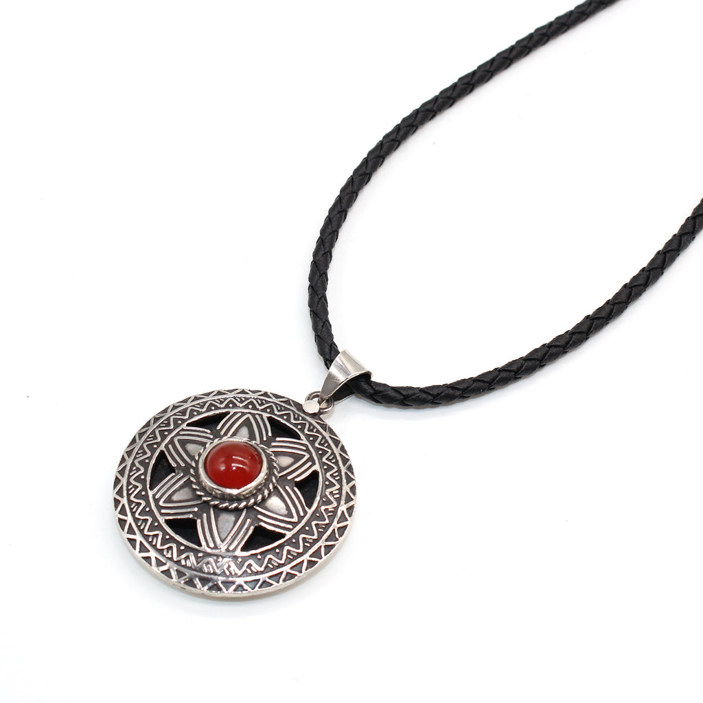 Handceafted Silver Necklace with carnelian in Abu Dhabi