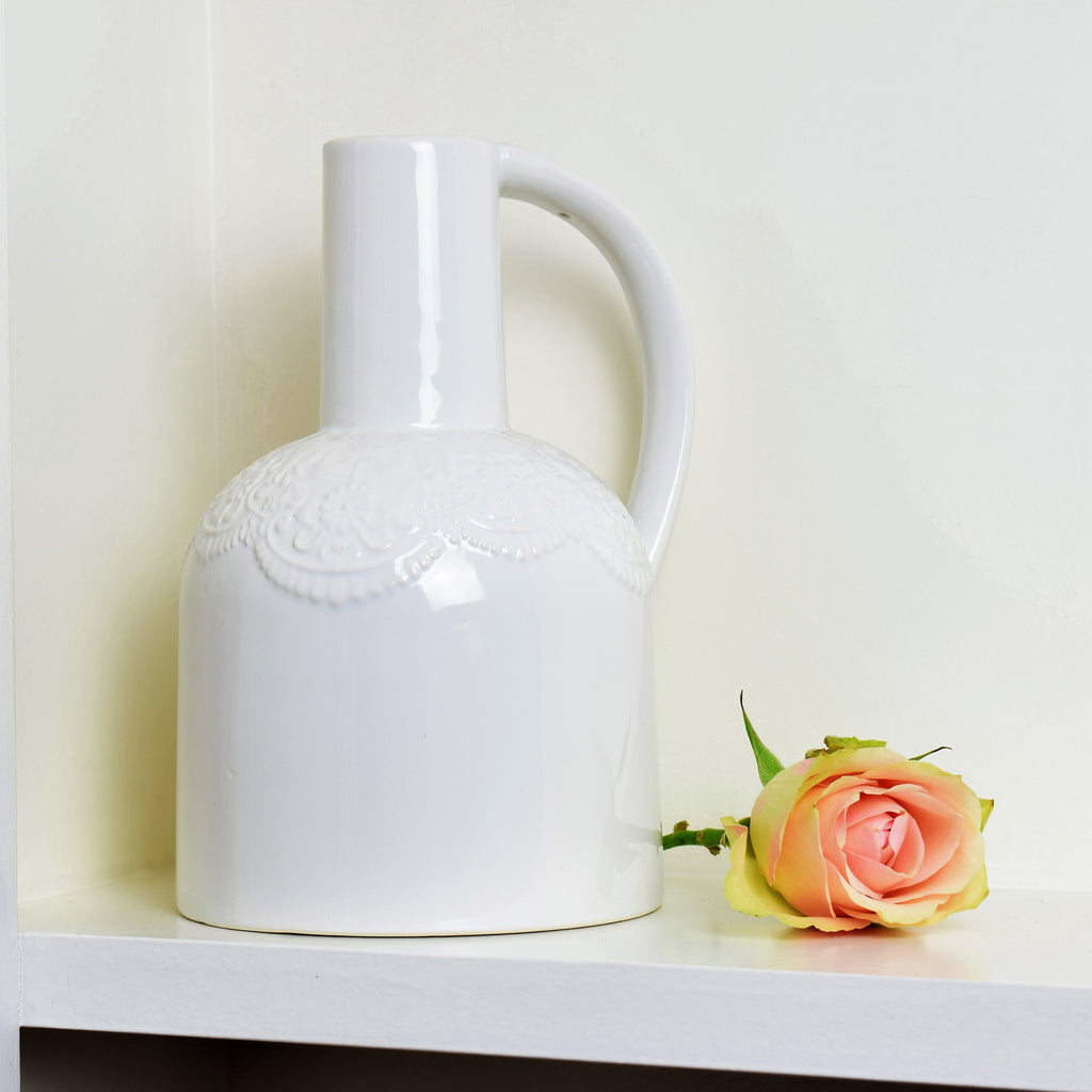 Lace Effect Vase in White