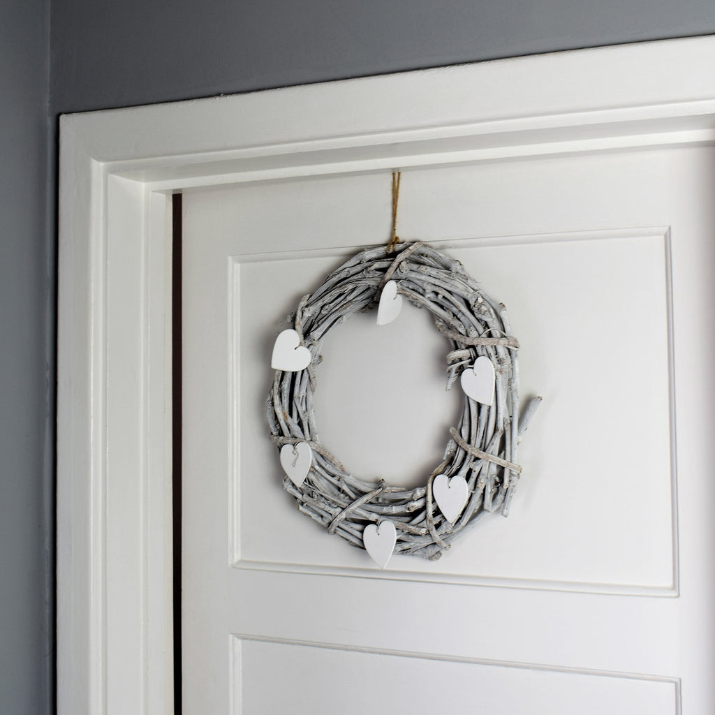 Hanging Wreath with Wooden Hearts