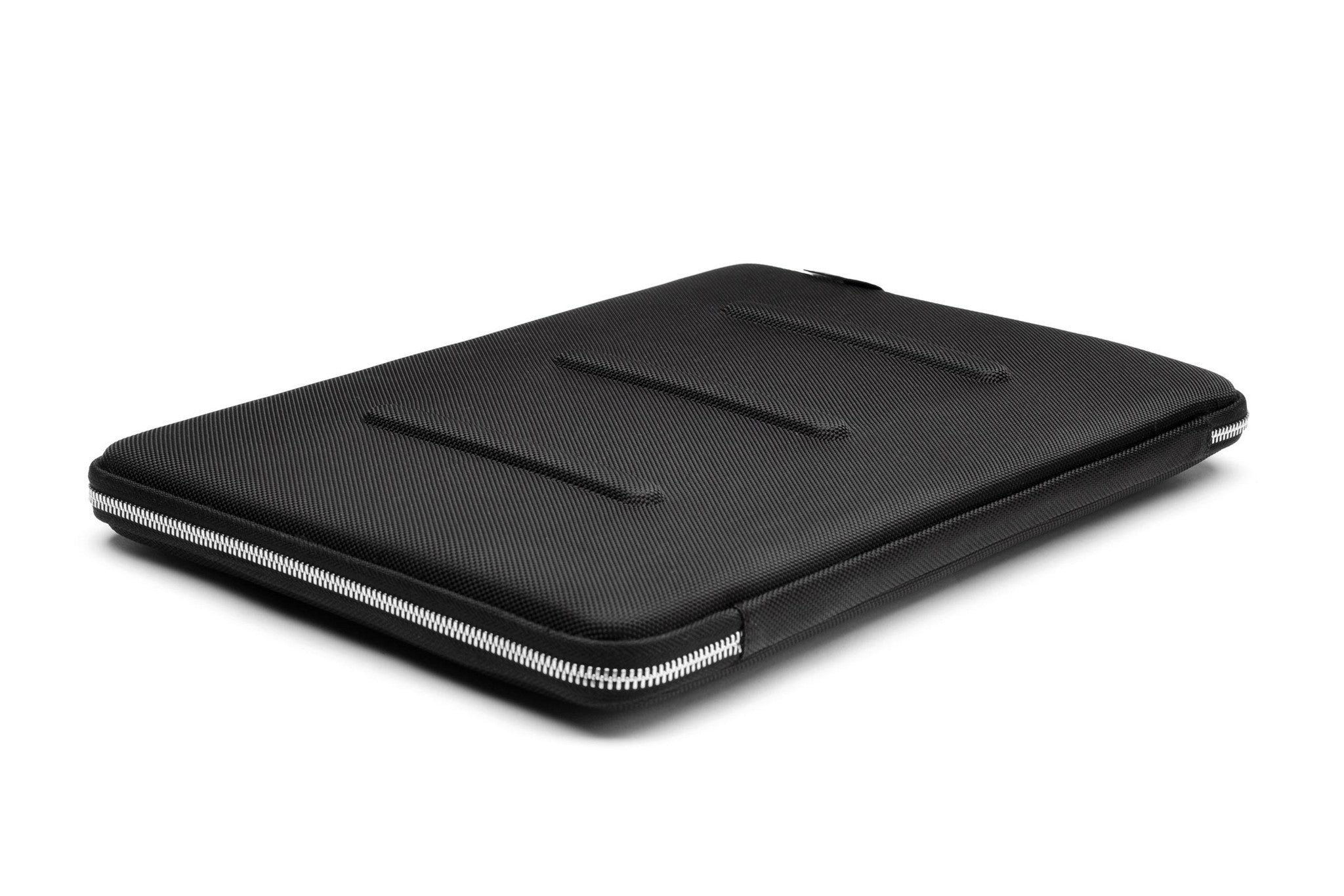 case 15 At case logic we started out providing the best cd cases & dvd cases around with so many electronics today we now offer protection for all devices including laptops, cameras, tablets, ereaders and smartphones.
