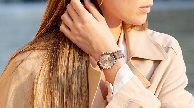 6 Men's Watches Looking Great on Women