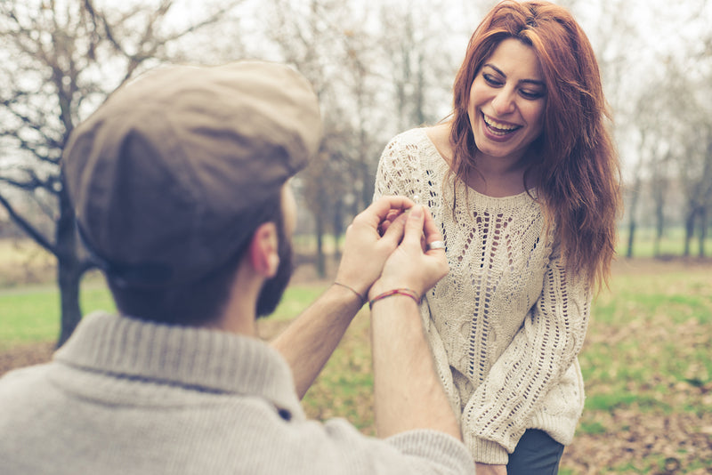 Is a Holiday Proposal on the Horizon? 5 Signs to Watch For