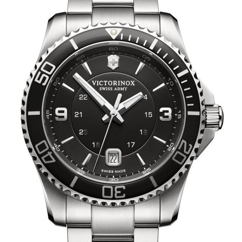 Victorinox Swiss Army Mens Large 43MM Maverick Black Watch 241697