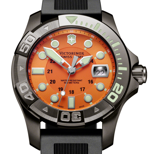 Victorinox Swiss Army Dive Master 500 Watch Orange Dial Black Rubber Strap  241428 f56a003fa