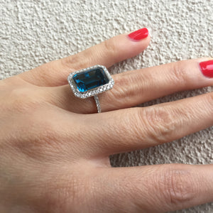 Doves London Blue Rectangle Topaz Diamond Halo 18K White Gold Ring