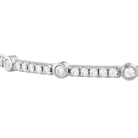 Hearts on Fire 18k White Gold Medium Copley Bangle with Diamonds