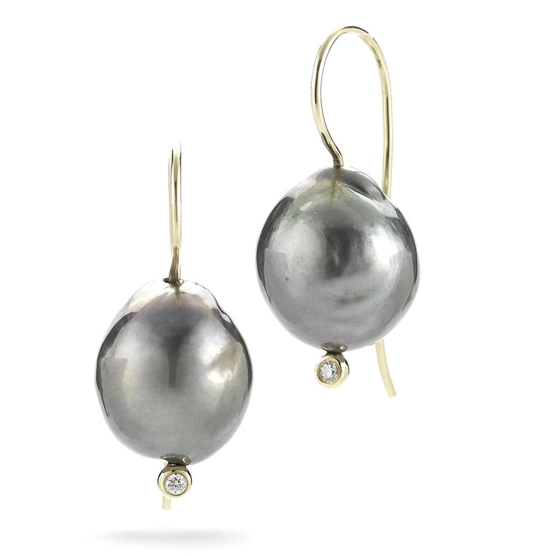 Mizuki Sea of Beauty French wire Black Pearl and Diamond Earring