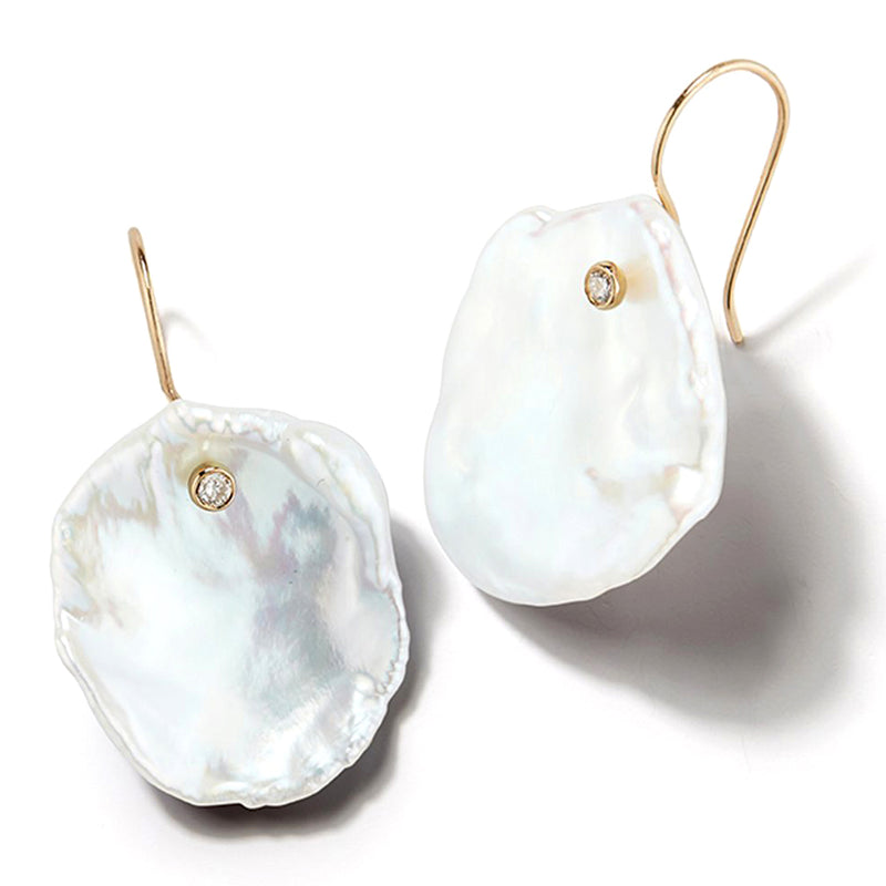 Mizuki Sea of Beauty Petal Pearl and Diamond Earrings SBE181