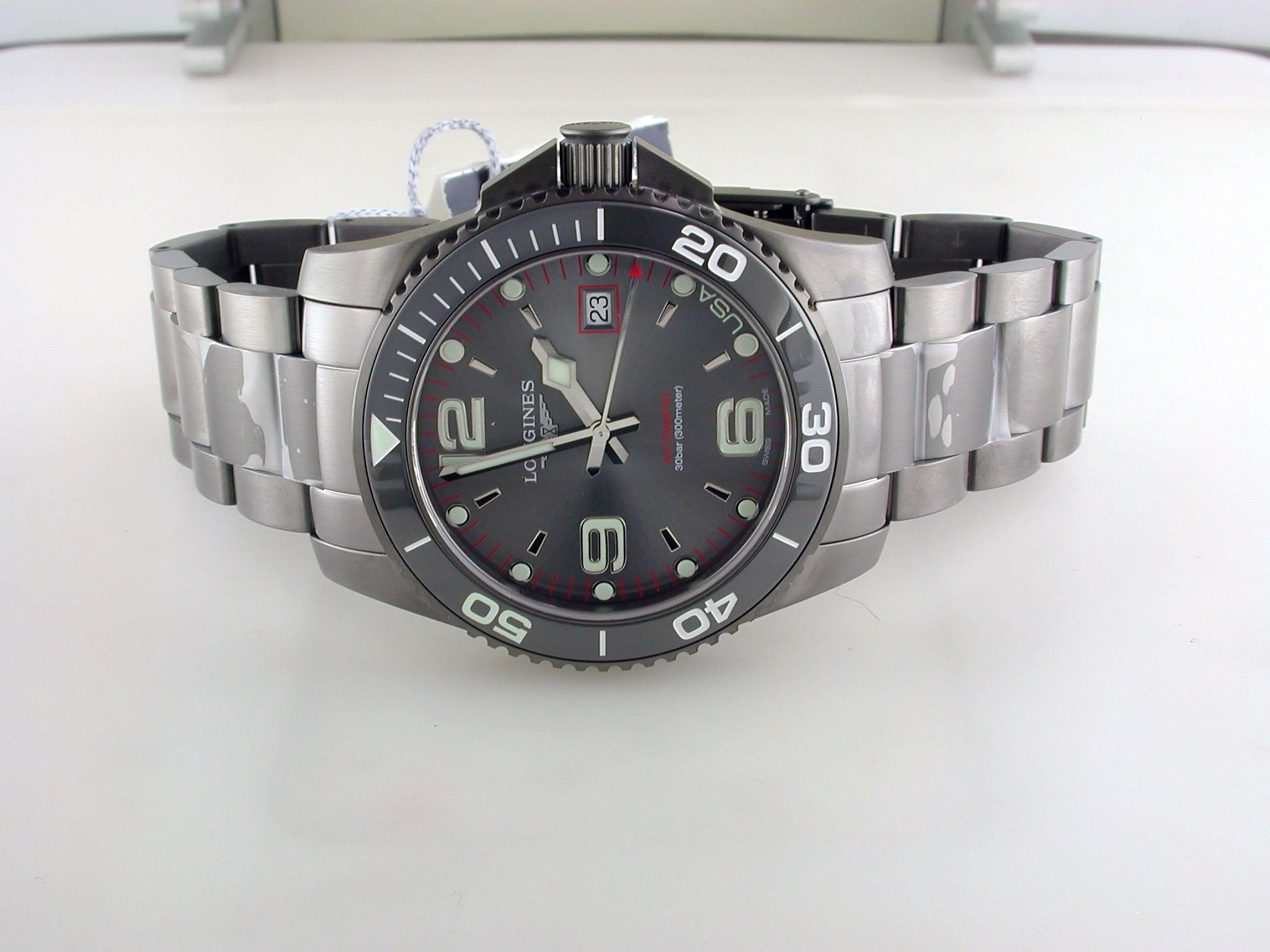 Longines USA Exclusive HydroConquest 41mm Gray Steel w/ NATO strap