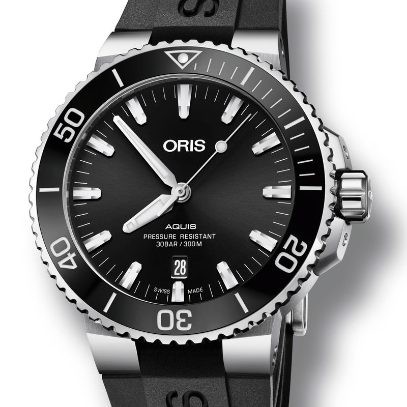 Oris Aquis Date Black Dial Rubber Strap 43.5mm Watch