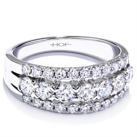 Hearts on Fire Enjoyment Right Hand Diamond Right Hand Ring Wedding Band