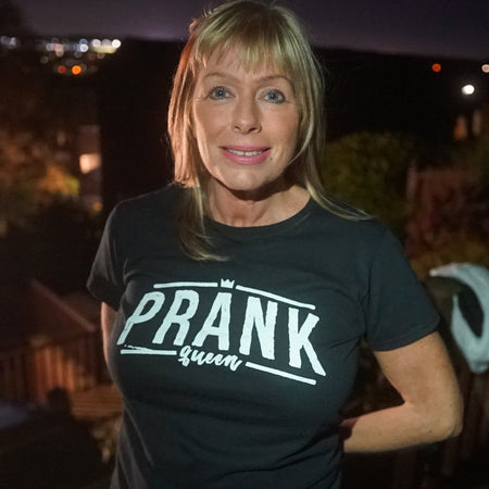 Prank Queen T-Shirt Black & White - Morgz Merch