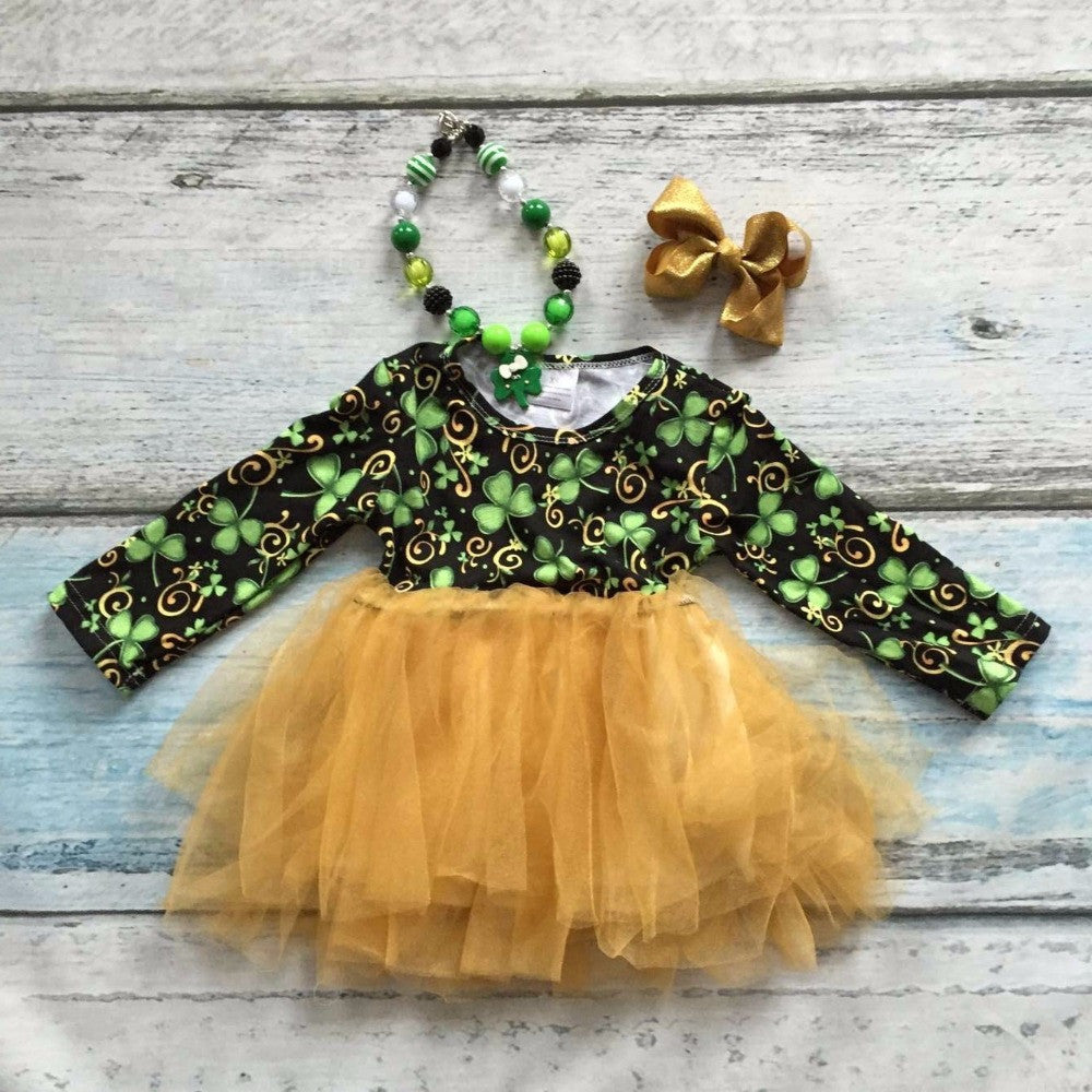 St. patricks  day Shamrocks print dress with matching accessories