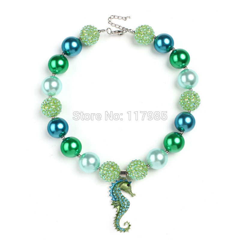 St Patrick 2017 St. Patrick Day  Gift 2Pcs  Green Chunky Necklace Kids Girls Seahorse Pendant Bubblegum Necklace For Dress Up
