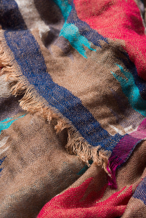 Sustainable fashion | Wool earthy colored scarf | Made by women