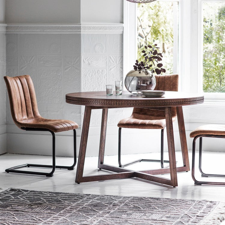 Hudson Living Boho Retreat Round Dining Table