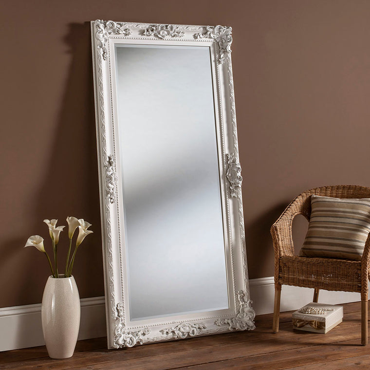 Yearn Baroque / Swept YG137 Matt White Mirror