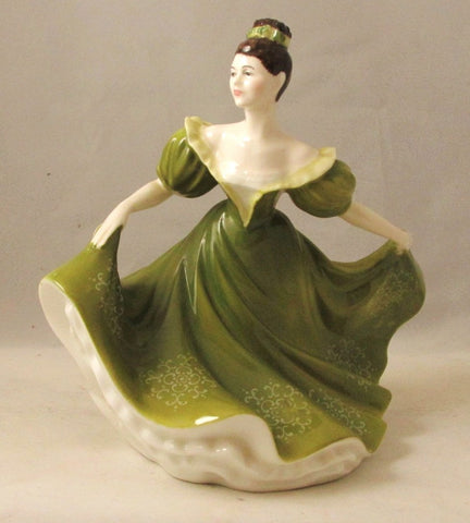 "Royal Doulton Lady ""Lynne"" HN2329 Copr 1970"