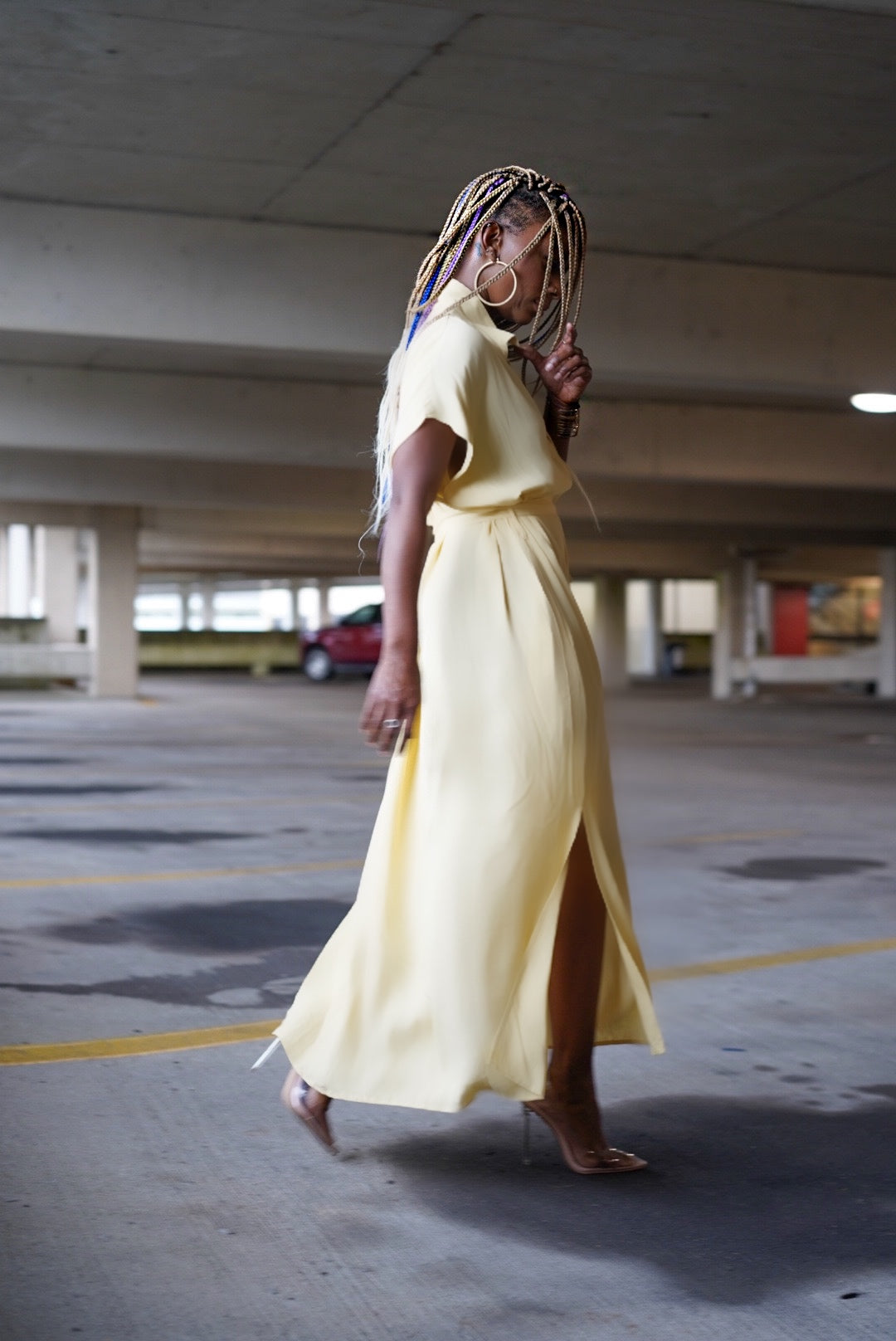 """Pale Yellow"" Midi"