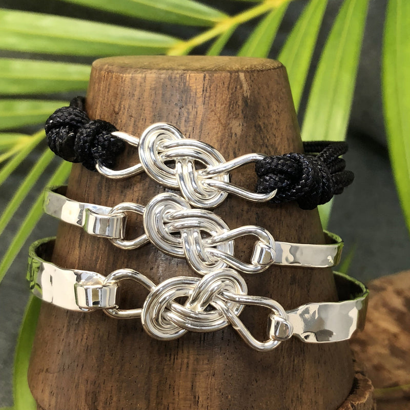 5mm Sterling silver, 8mm Sterling silver and black nylon cord bracelet with Sterling silver double infinity knot design.
