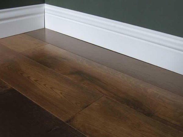 Oak Engineered smoked brushed lacquered engineered flooring width 155mm thickness 18mm 5 mm wear layer £42.33 per m2