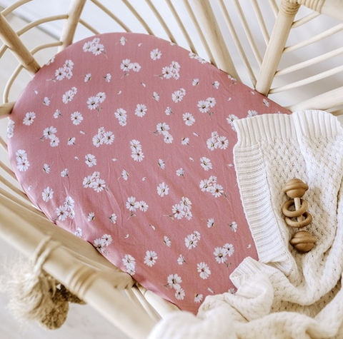 SNUGGLE HUNNY | Daisy Bassinet / Change Pad Cover