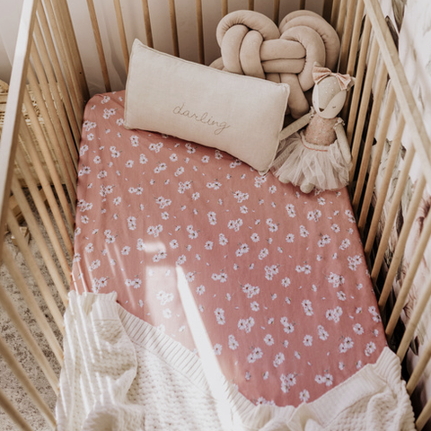 SNUGGLE HUNNY | Daisy Fitted Cot Sheet