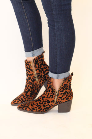 Many Things Booties : Leopard