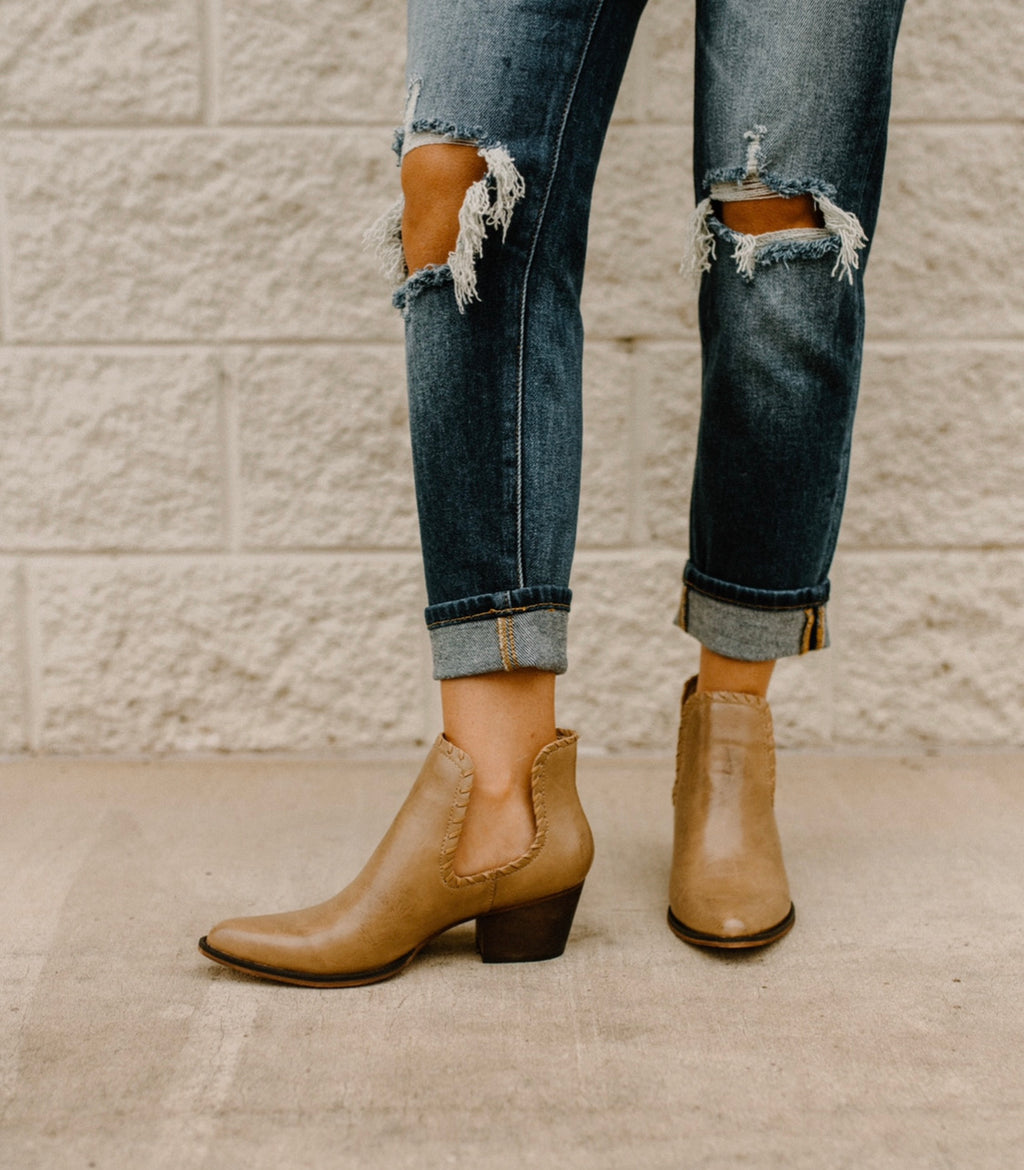 Pull Through Booties : Taupe