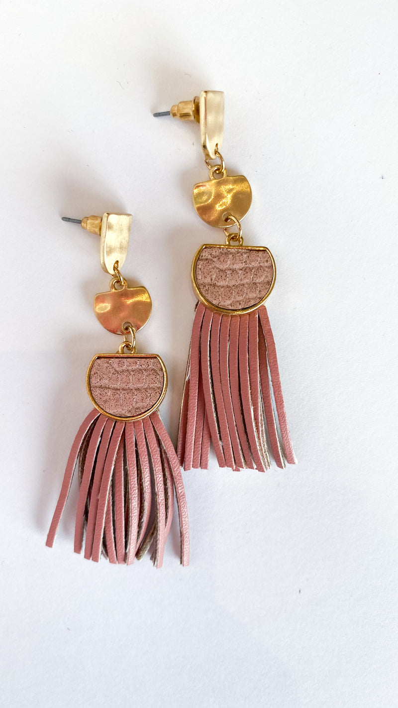 Tunnel Vision Earrings : Pink
