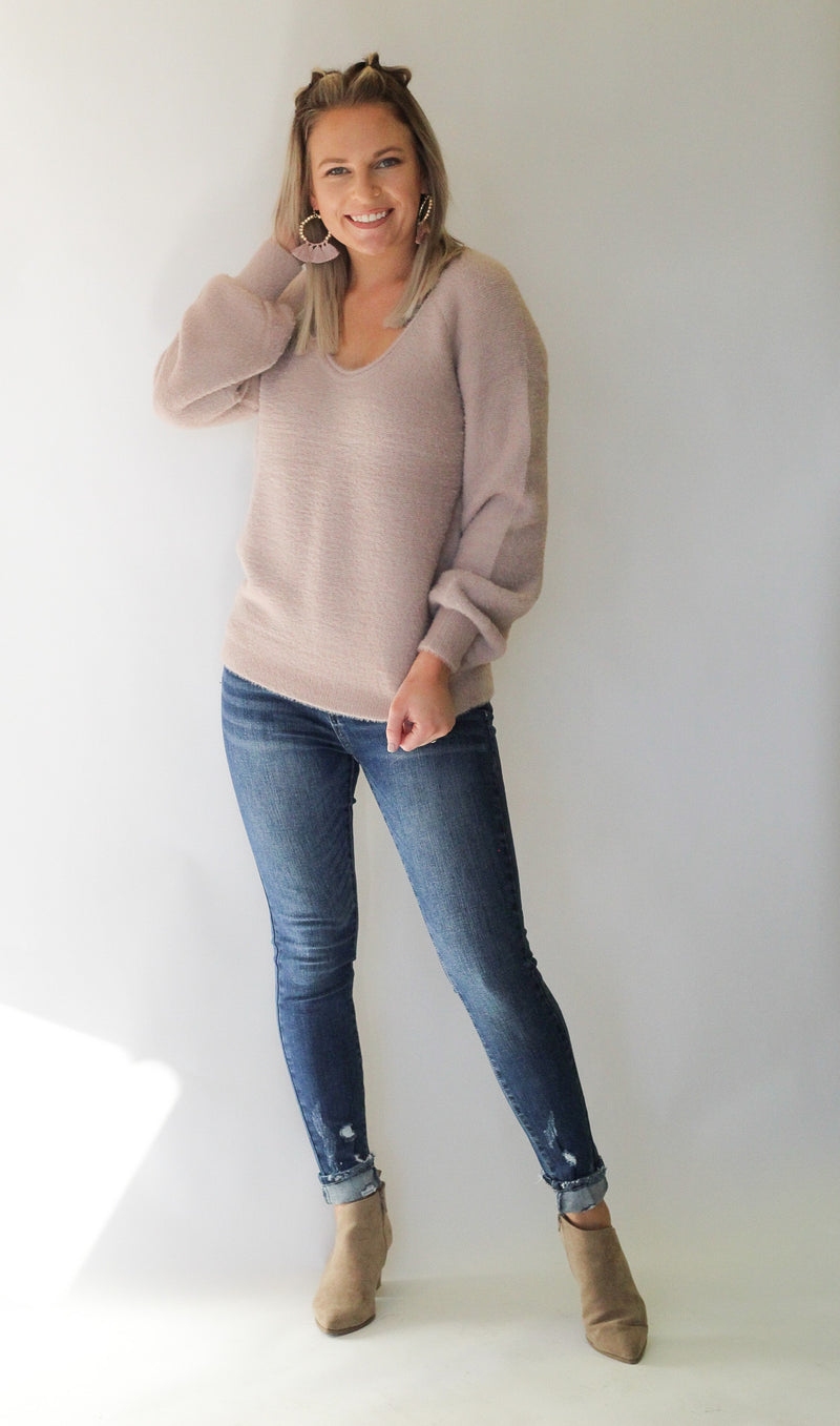 Hear You Sweater : Mauve
