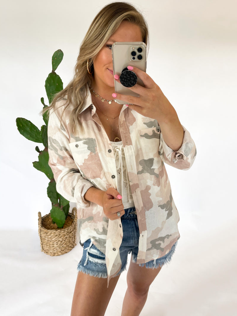 Risk It All Button Down : Pink Camo