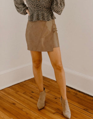 All The Love Skirt : Mocha