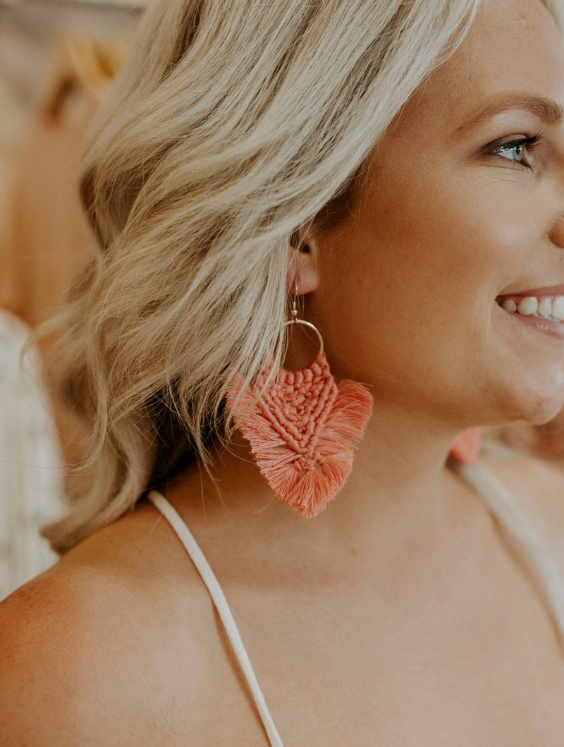 Crazy World Earrings : Coral