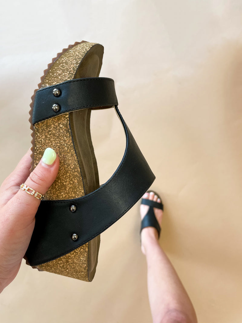 Funky Time Wedges : Black