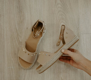 Studded Sandals : Nude