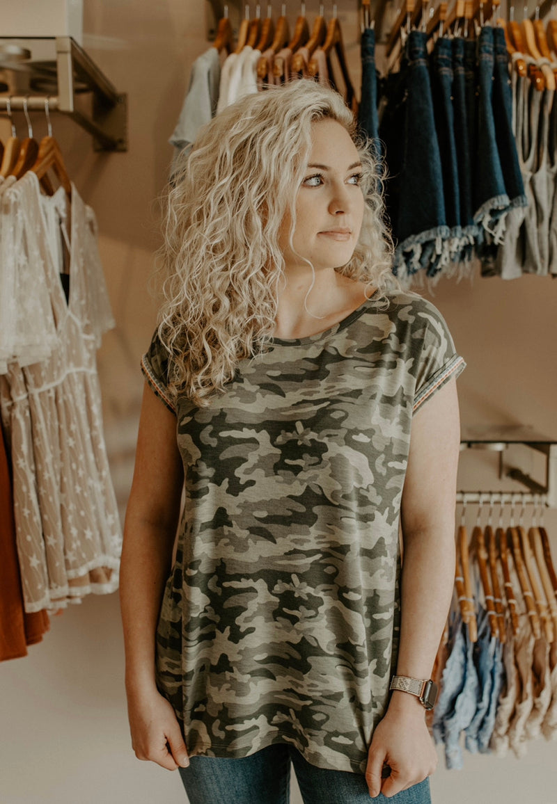 Backroads Top : Camo