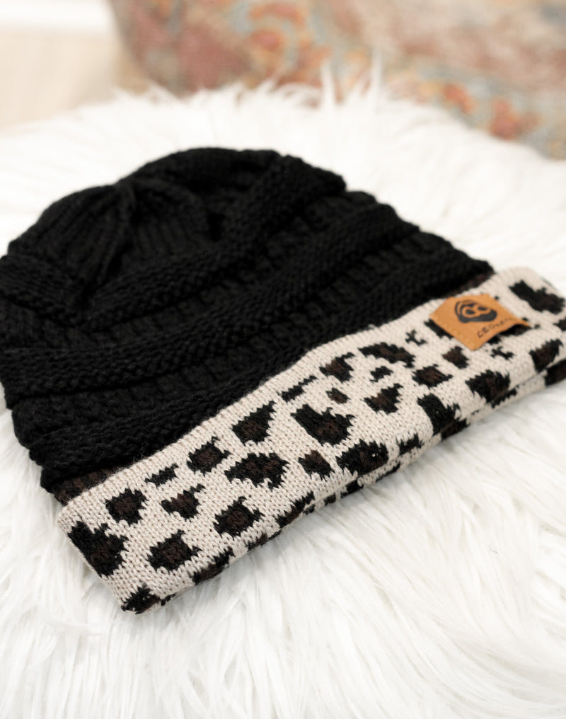 In My Head Messy Bun Beanie : Black