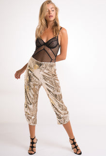 Ashley  Sequin  Capri  Pant
