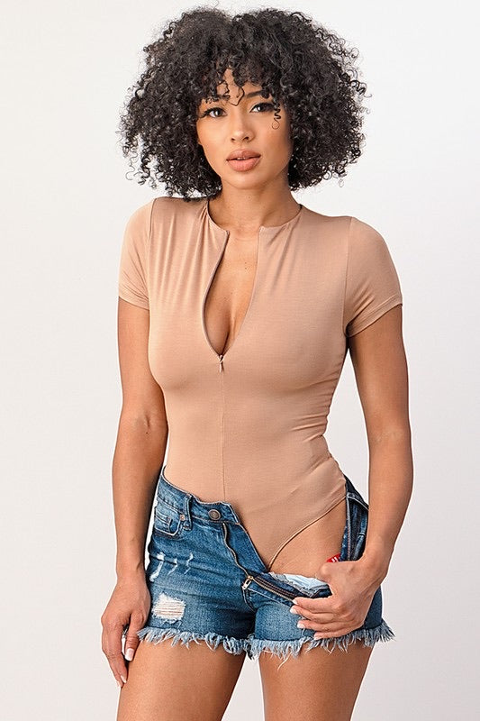 Short Sleeve Zipper Bodysuit