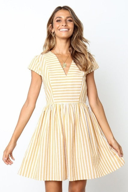 2019 Short Sleeve V Neck Yellow Striped Dress Vacation Casual Loose Dress Woman Summer Sundress