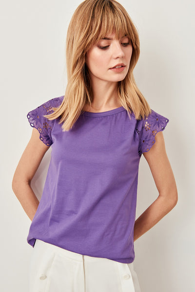 Trendyol Embroidery Knitting purple T-shirt TWOSS19XU0015