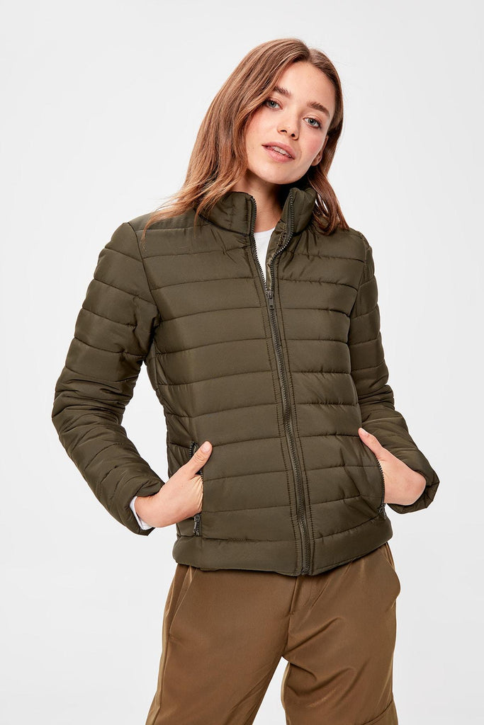 Trendyol Khaki Colar Piping Inflatable Coat TWOAW20MO0012