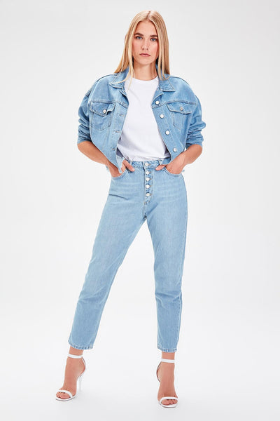 Trendyol Mavi Front Button High Waist Mom Jeans TWOAW20JE0050